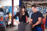 Wetter und Reifen Promotion Aktion versichern mit der EMIRAT AG
